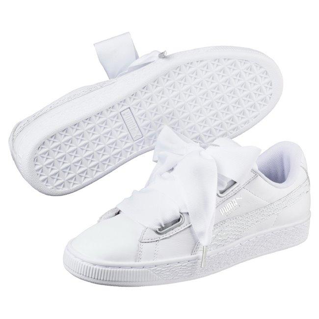 PUMA Basket Heart Oceanaire wns dámské boty, Barva: bílá, Materiál: Svršek: kůže, Mezipodešev: guma, Podešev: guma - Objednejte nyní online na Pumashop.cz.