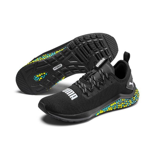 PUMA Hybrid NX pánské boty, Barva: černá, Materiál: mesh, syntetická vlákna, Nové boty z řady Hybrid NX mění docela pravidla hry. Jsou maximálně pohodlné a můžete se na ně spolehnout při každé sportovní aktivitě, neboť pevně drží nohu a jsou stabilní. Vnitřní stélka je vyrobena ze speciální pěny SoftFoam+. Vhodné pro každý den. - Objednejte nyní online na Pumashop.cz.