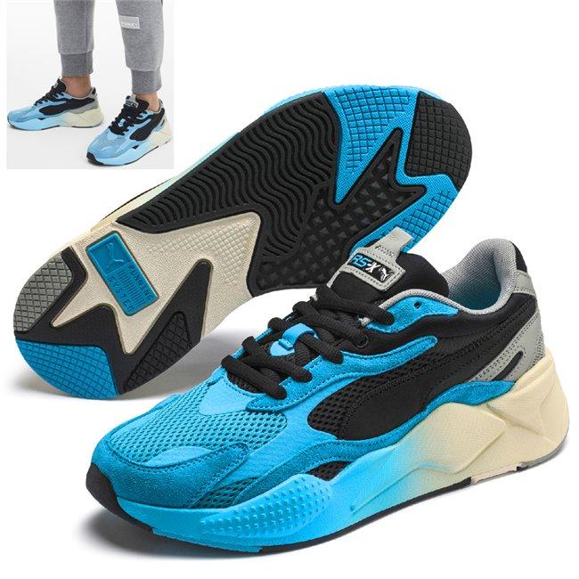 PUMA RS-X MOVE boty, Barva: černá, Materiál: Svršek: mesh, Mezipodešev: PU, Podešev: guma, Ostatní: Sportovní boty z řady RS jsou vyrobeny z vysoce kvalitního materiálu, vnitřní stélka je vybavena speciální pěnou SoftFoam+, která zaručuje potřebný komfort a oporu při nošení. Tyto boty prostě musíte mít! - Objednejte nyní online na Pumashop.cz.