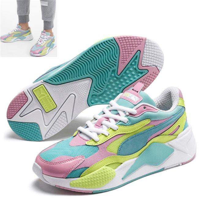 PUMA RS-X PLASTIC boty, Barva: modrá, Materiál: Svršek: mesh, Mezipodešev: PU, Podešev: guma, Ostatní: Sportovní boty z řady RS jsou vyrobeny z vysoce kvalitního materiálu, vnitřní stélka je vybavena speciální pěnou SoftFoam+, která zaručuje potřebný komfort a oporu při nošení. Tyto boty prostě musíte mít! - Objednejte nyní online na Pumashop.cz.