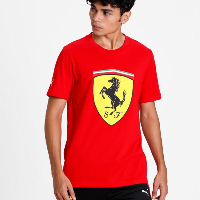 Ferrari Race Big ShieldTee+ pánské tričko, Barva: červená, Materiál: bavlna, Ostatní: Pánské moderní triko PUMA Ferrari ze 100% bavlny. - Objednejte nyní online na Pumashop.cz.